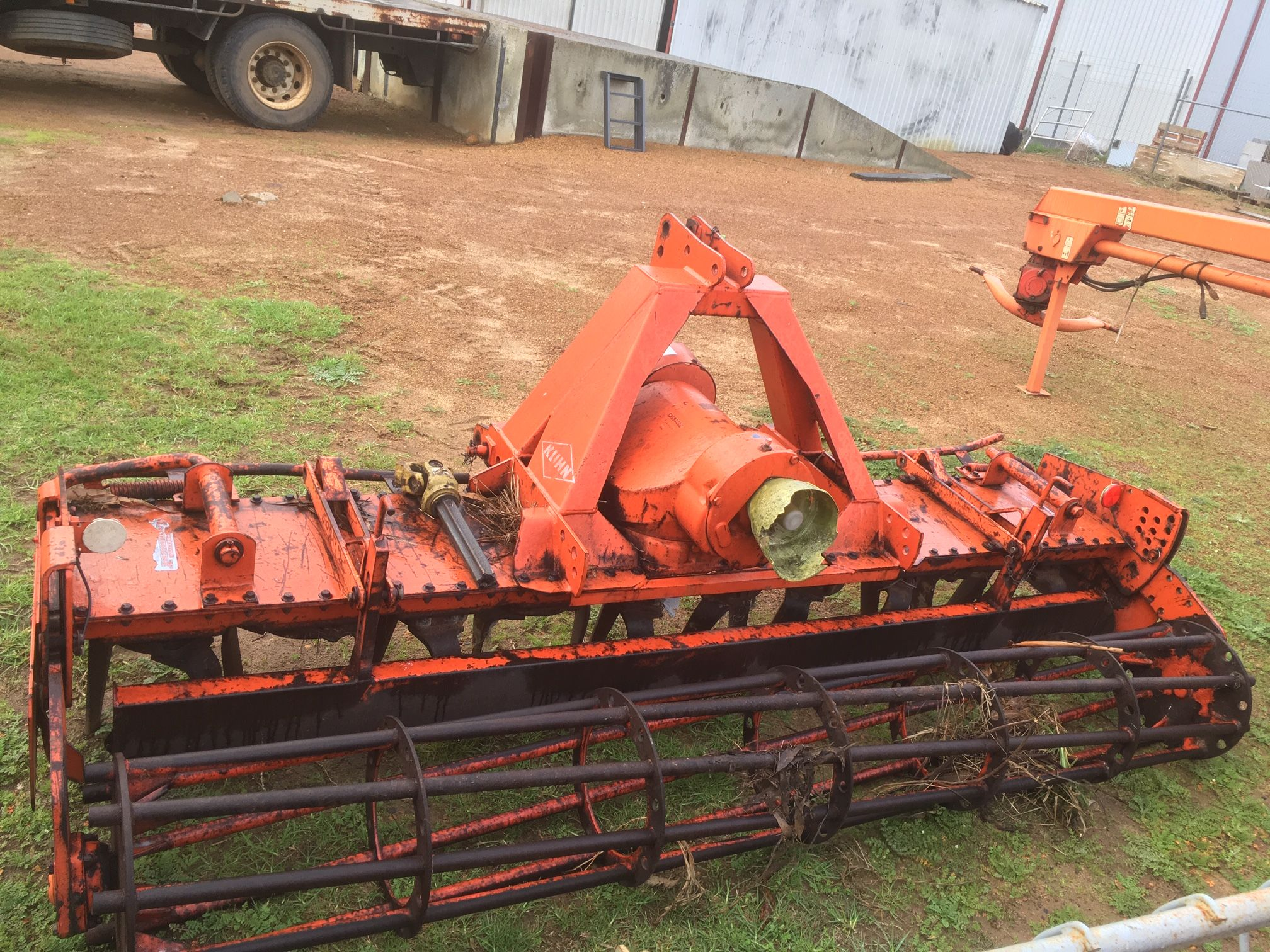 Used Kuhn HR3002 3m Power Harrows with Cage Roller